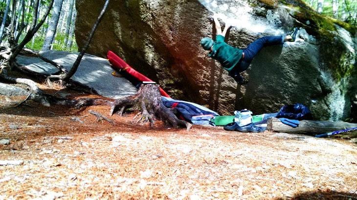 ボルダリングは登山の一種